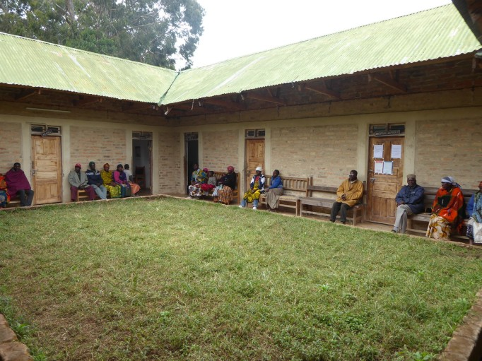 The AIDS clinic in Madisi 4